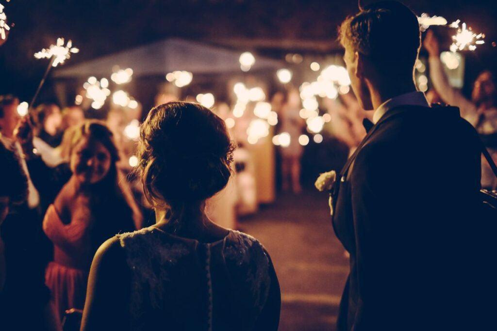 Urlop okolicznościowy na ślub – formalności krok po kroku