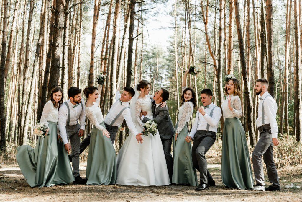 """Jaką kwotę """"wypada"""" dać na wesele 💰? Co o tym sądzą przyszłe pary młode?"""