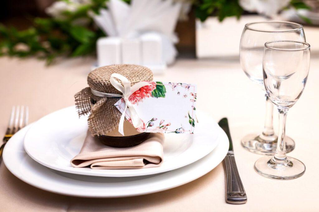 Prezenty dla gości weselnych - domowa konfitura