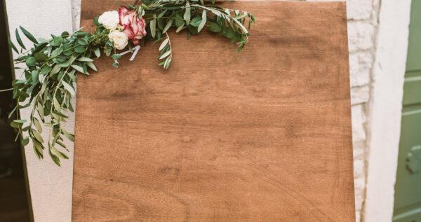 Plan stołów weselnych - ciekawa dekoracja i praktyczne rozwiązanie!