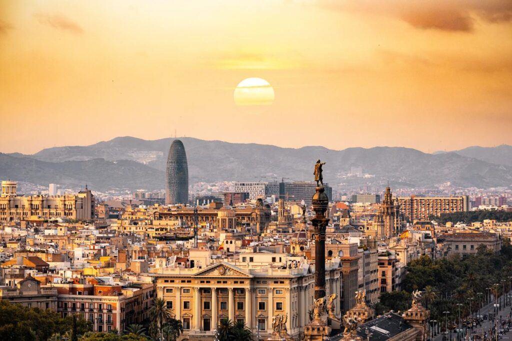 Co warto zobaczyć w Barcelonie? Zwiedzanie tego miasta to prawdziwa przyjemność!