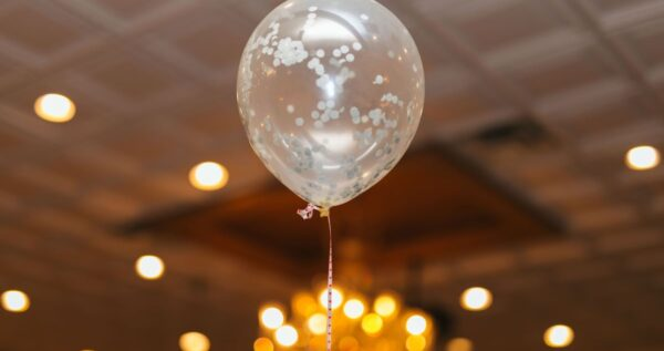 Odczarowujemy balony! Niezwykłe dekoracje z balonów na ślub i wesele!