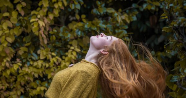 Modne kolory włosów – bądź piękna tej jesieni!