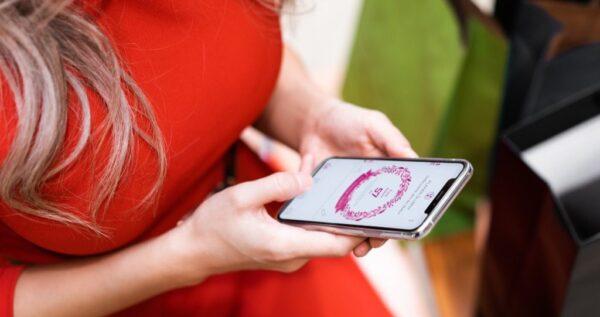 Odliczanie dni do ślubu i planer ślubny w twoim telefonie? Sprawdź naszą aplikację mobilną dla par młodych!