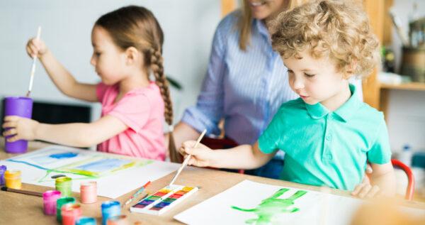 Zabawy dla dzieci w domu - te propozycje mogą spodobać się twoim pociechom!