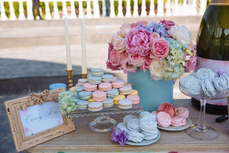Slow wedding. Candy bar.