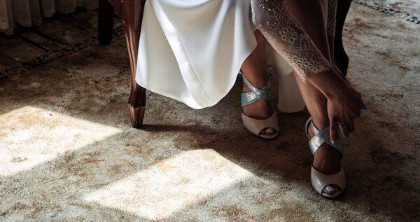 Buty do tańca dla panny młodej – wyjątkowy wybór, aby przetańczyć całą noc